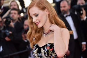 jessica chastain cannes 2017_collier haute joaillerie rubis et diamants sunlight journey_1